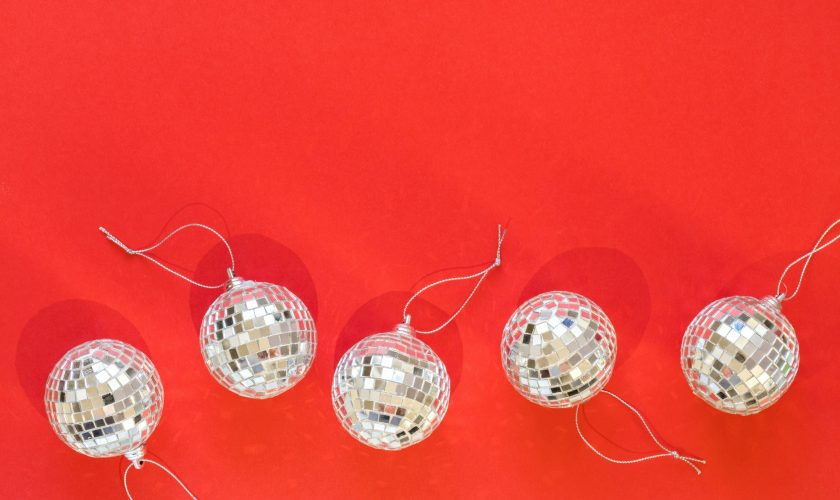 Mirror disco balls Greeting card concept voor Christmas, New Year, party